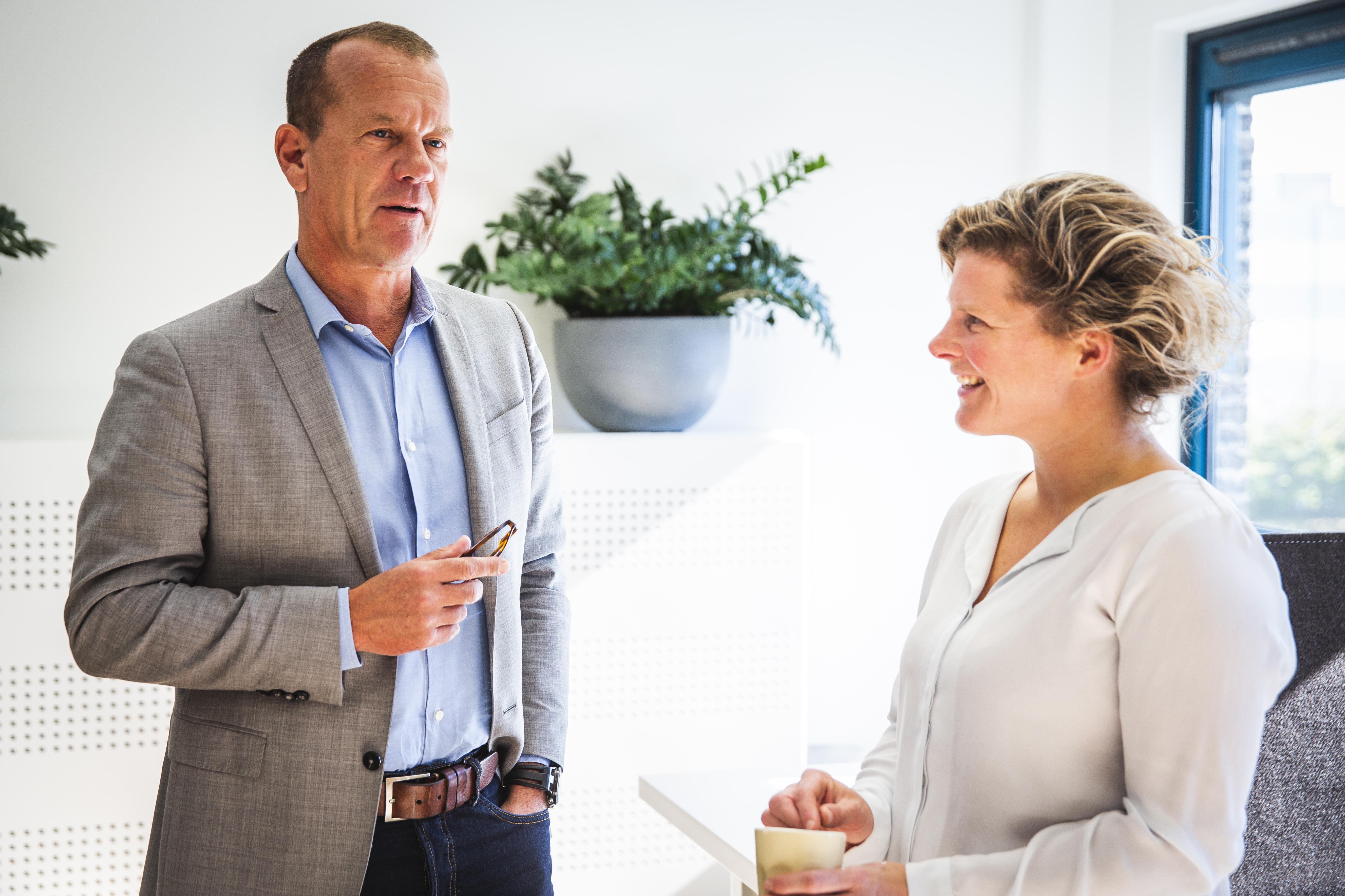 Didi Verhagen neemt als nieuwe directeur van MZ Services het stokje over van Walter Gouw.