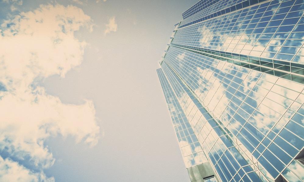Organisaties en hun medewerkers hebben beiden aandeel in het succes van de maatschappij.